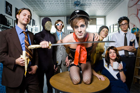 Of Montreal: Contessa Under Pressure