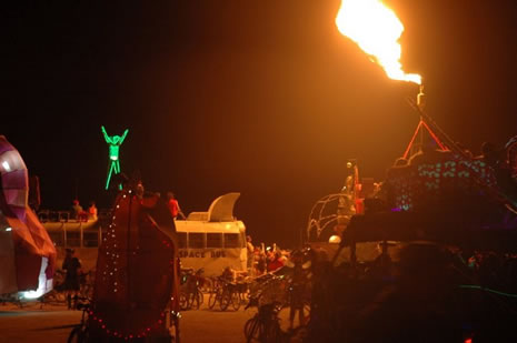 Burning Man 2007: Photo Story Erin Scott does his Life Mag'Ñ¢trade; Burning Man 2007 the Controversial Year...