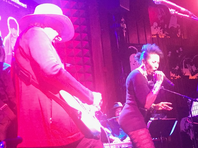 The Neon Meat Dream of the Everyfish: Nona Hendryx does Captain Beefheart